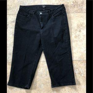 Lee Riders Black Capris Jeans